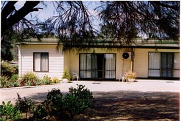 Casuarina Cabins - Accommodation Batemans Bay