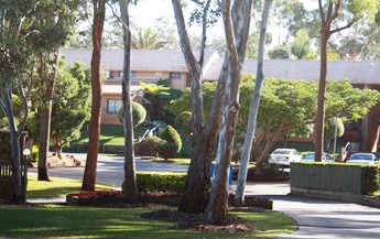 Comfort Inn  Suites Robertson Gardens - Accommodation Batemans Bay