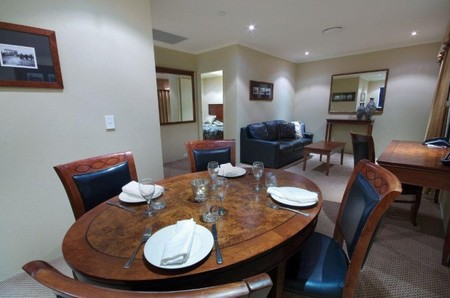 Quality Hotel Powerhouse - Accommodation Batemans Bay