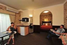Highlander Motor Inn And Apartments - Accommodation Batemans Bay