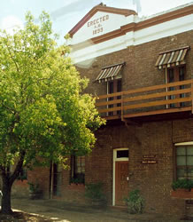 The Old Exchange Bed And Breakfast - Accommodation Batemans Bay