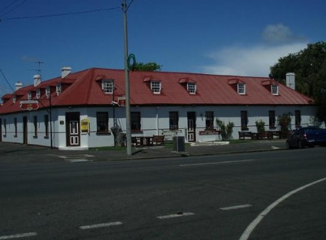 Caledonian Inn Hotel Motel - Accommodation Batemans Bay