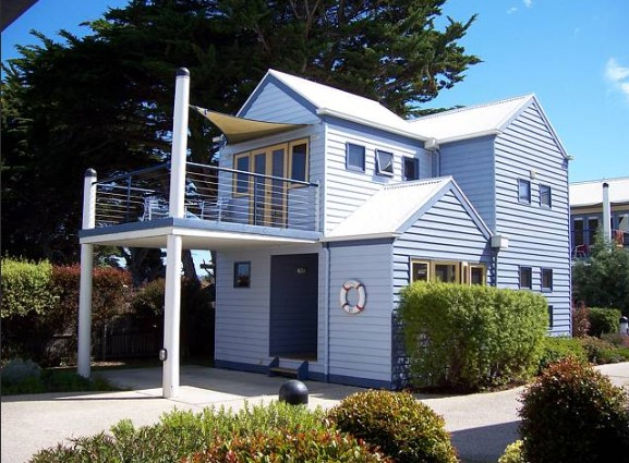 Rayville Boat Houses - Accommodation Batemans Bay