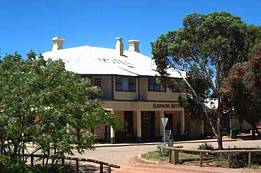 Hawker Hotel Motel - Accommodation Batemans Bay