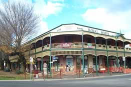 Royal Hotel Daylesford - Accommodation Batemans Bay