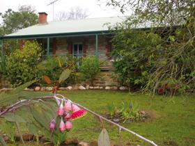 Naimanya Cottage - Accommodation Batemans Bay