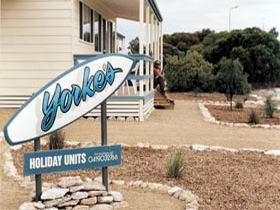 Yorke's Holiday Units - Accommodation Batemans Bay