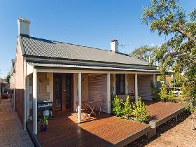 Strathalbyn Villas - Accommodation Batemans Bay