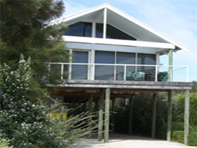 Sheoak Holiday Home - Accommodation Batemans Bay