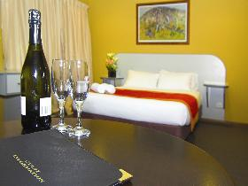 Victoria Hotel - Strathalbyn - Accommodation Batemans Bay