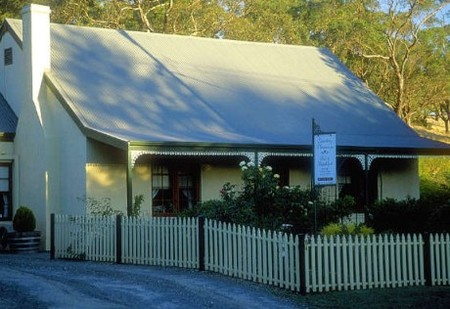 Country Pleasures Bed and Breakfast - Accommodation Batemans Bay