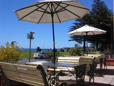Anchorage at Victor Harbor Seafront Hotel - Accommodation Batemans Bay