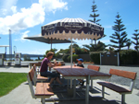 Hillcrest Caravan Park - Accommodation Batemans Bay