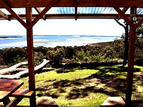 Island View Spa Cottage - Accommodation Batemans Bay
