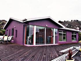 Sisters Beach Retreat - Accommodation Batemans Bay