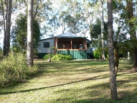 Bushland Cottages and Lodge - Accommodation Batemans Bay