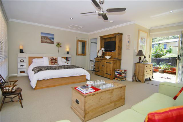 The Nature Lodge - Accommodation Batemans Bay
