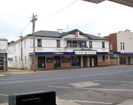 Globe Hotel Bombala - Accommodation Batemans Bay