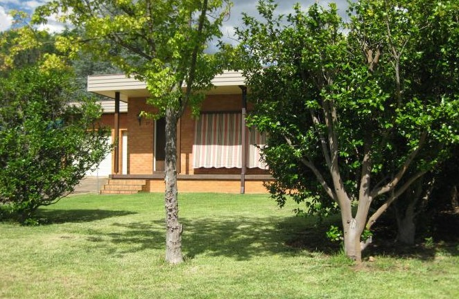 27 Nandi - Accommodation Batemans Bay