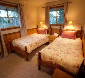 Accommodation Creek Cottages - Accommodation Batemans Bay