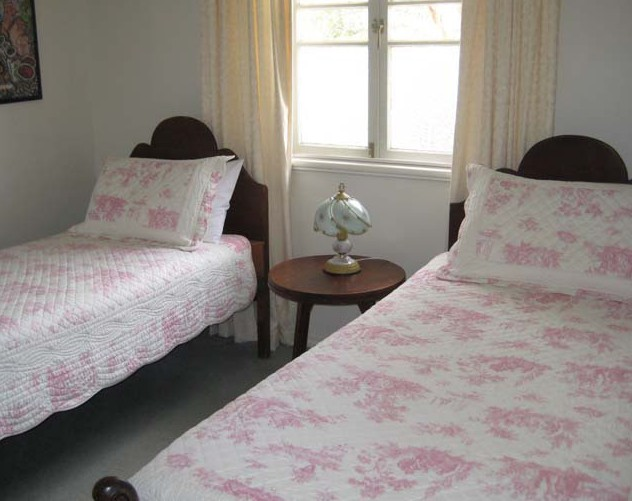 Hope Cottage Country Retreat At Assmanshausen Winery - Accommodation Batemans Bay