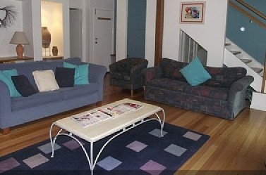 Godshill Lodge - Holiday Home - Accommodation Batemans Bay