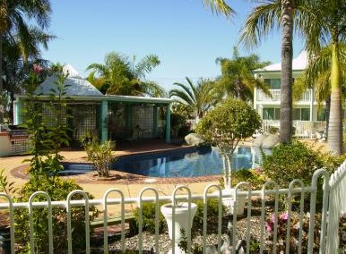 Reef Adventureland Motor Inn - Accommodation Batemans Bay