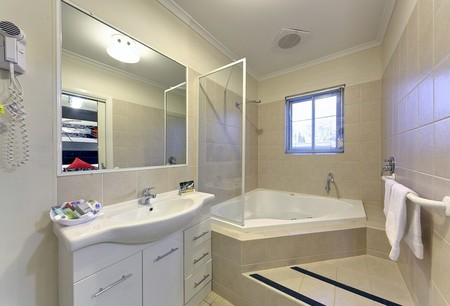 Comfort Inn And Suites Georgian Albury - Accommodation Batemans Bay