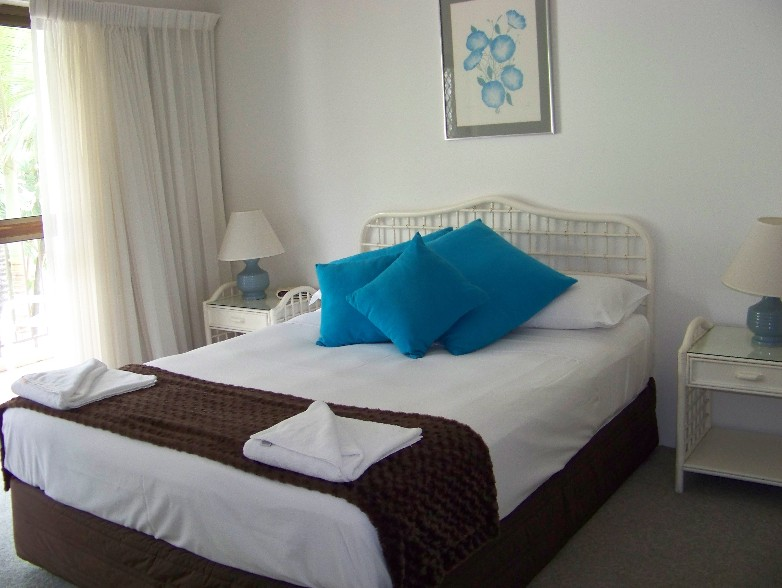 Old Burleigh Court Holiday Apartments - Accommodation Batemans Bay