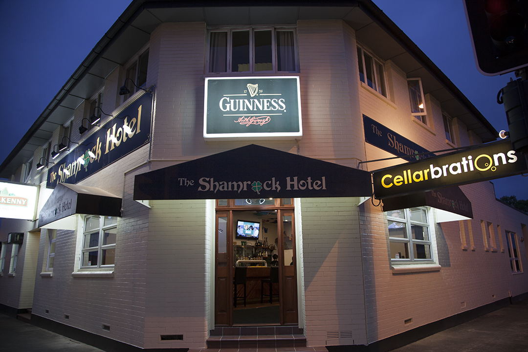 Shamrock Hotel - Accommodation Batemans Bay