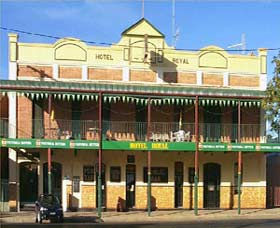 Royal Hotel Coonabarabran - Accommodation Batemans Bay