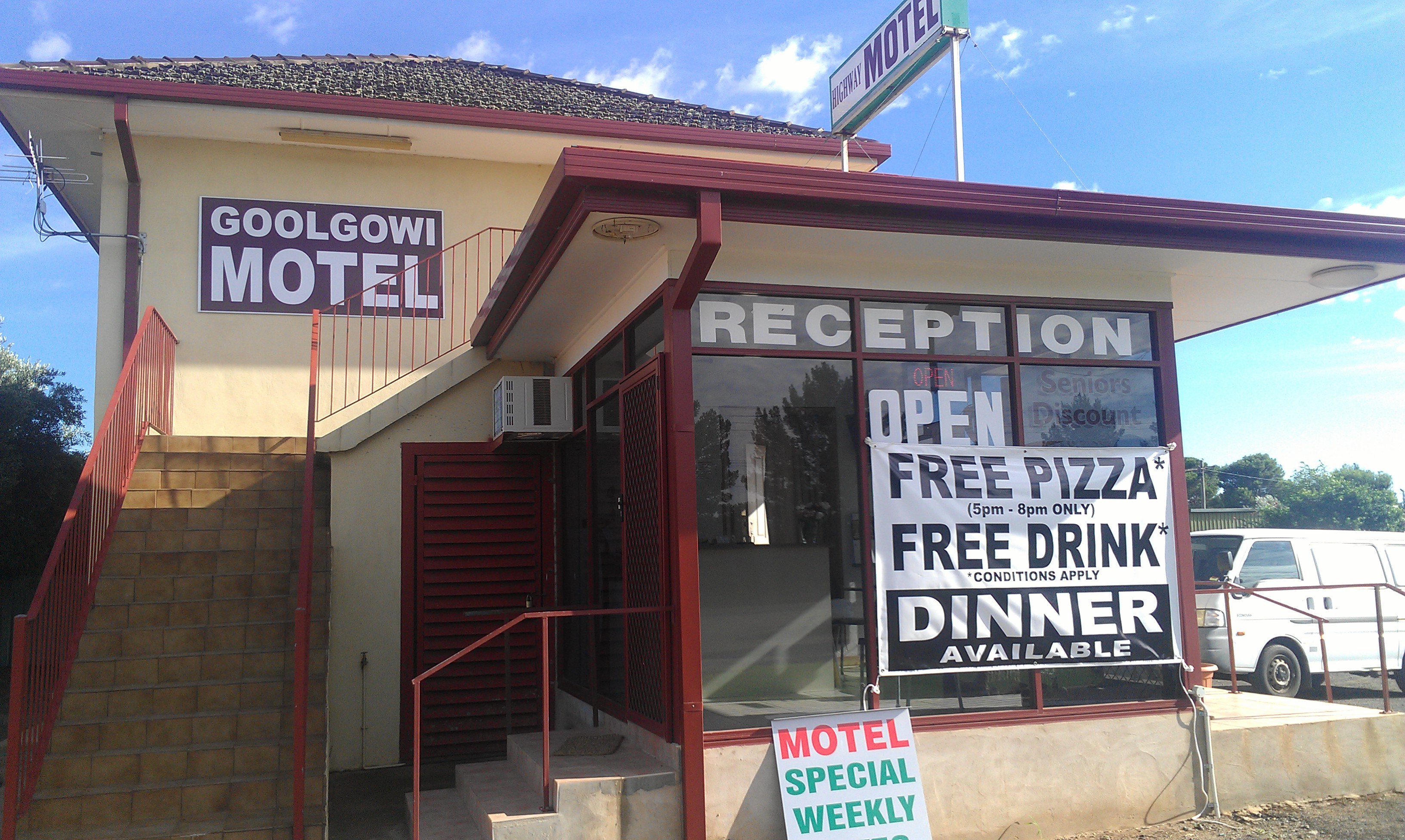 Royal Mail Hotel Goolgowi - Accommodation Batemans Bay