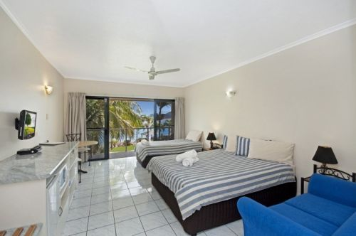 Hinchinbrook Marine Cove Motel - Accommodation Batemans Bay