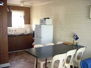 Wool Bay Holiday Units - Accommodation Batemans Bay