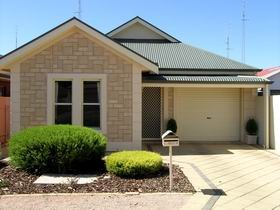 Kadina Luxury Villas - Accommodation Batemans Bay