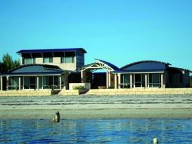 Baird Bay Ocean Eco Apartments - Accommodation Batemans Bay
