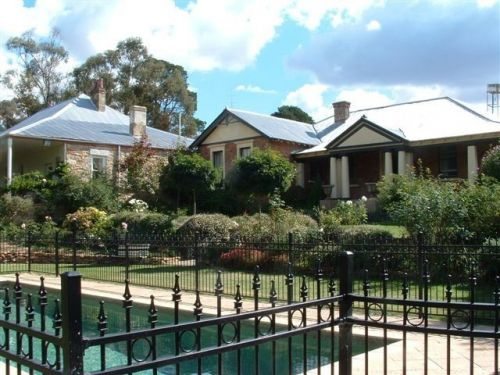 Chapel House - Accommodation Batemans Bay