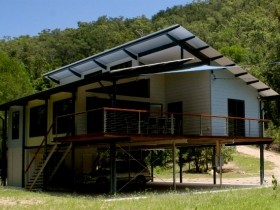 Creek Valley Rainforest Retreat - Accommodation Batemans Bay