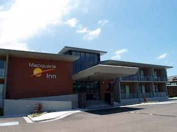 Macquarie Inn - Accommodation Batemans Bay