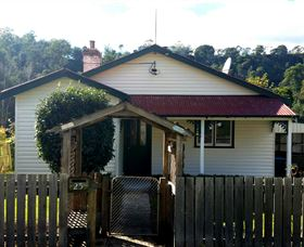 Brothers Town Cottage - Accommodation Batemans Bay