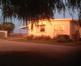 Fairview Bed and Breakfast Cottage - Accommodation Batemans Bay