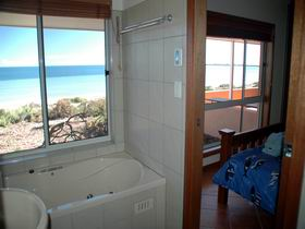 Ceduna Shelly Beach Caravan Park and Beachfront Villas - Accommodation Batemans Bay