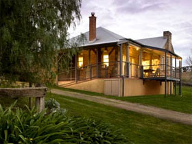 Longview Vineyard Homestead - Accommodation Batemans Bay