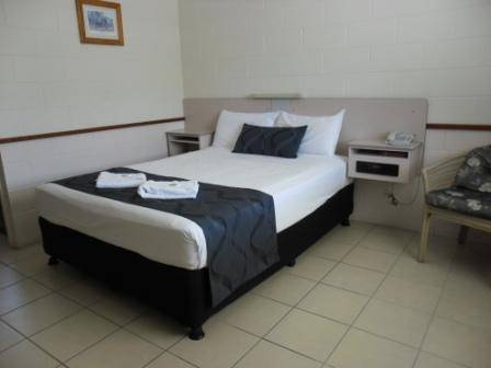 Banjo Paterson Motor Inn  Restaurant - Accommodation Batemans Bay