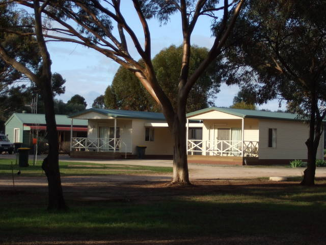 Laura Community Caravan Park - Accommodation Batemans Bay