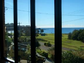 Malua Bay Beach House - Accommodation Batemans Bay