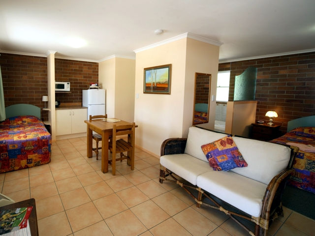 Rubyvale Motel  Holiday Units - Accommodation Batemans Bay