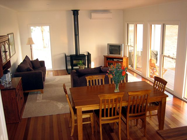 Strath Valley View B and B - Accommodation Batemans Bay
