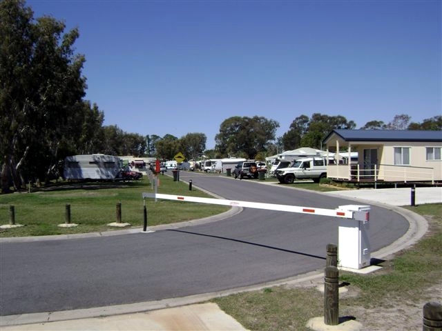 Toorbul Caravan Park - Accommodation Batemans Bay