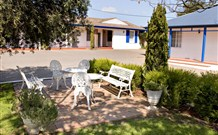 Colonial Motel and Apartments - Accommodation Batemans Bay